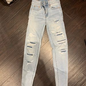 american eagle light washed patch jeans
